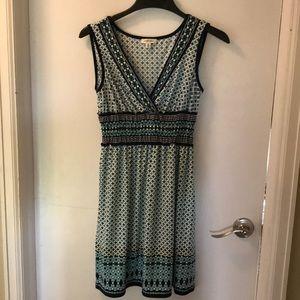 Max Studio Short V-neck dress in size small